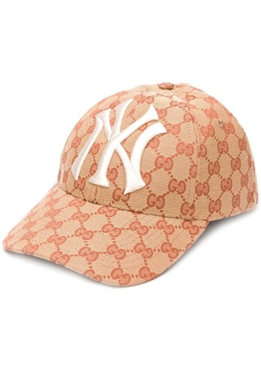 Gucci baseball hat with NY Yankees patch - Neutrals