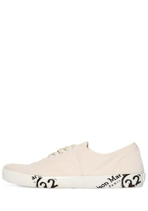 TABI CANVAS LOW TOP SNEAKERS