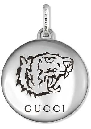 Gucci 'Blind For Love' charm in silver - Metallic