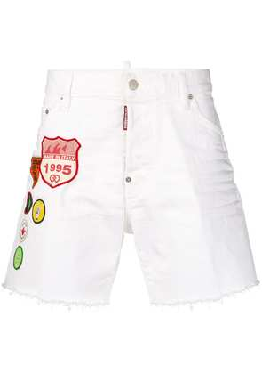 Dsquared2 embroidered badge denim shorts - White