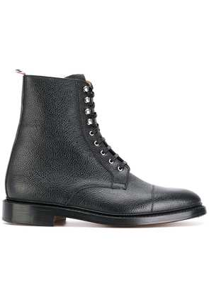 Thom Browne grainy finish lace up boots - Black