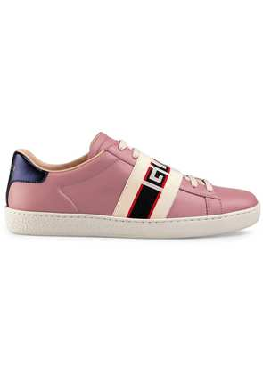Gucci Ace sneaker with Gucci stripe - Pink