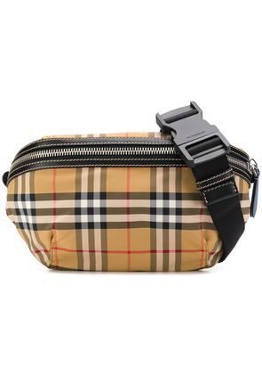 Burberry medium vintage check belt bag - Neutrals