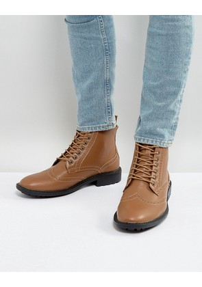 Brave Soul Brogue Boots In Tan - Tan