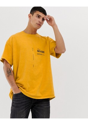 New Look t-shirt with Miami print in mustard - Dark yellow