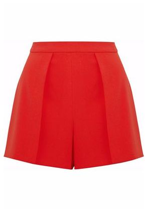 Alice + Olivia Woman Pleated Crepe Shorts Red Size 10