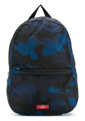 Valentino camouflage print backpack - Blue