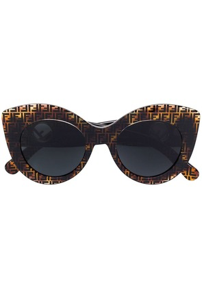 Fendi Eyewear F Is Fendi sunglasses - Brown