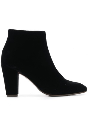 Chie Mihara classic ankle boots - Black