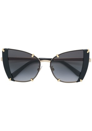 Dolce & Gabbana Eyewear oversized cat eye sunglasses - Black