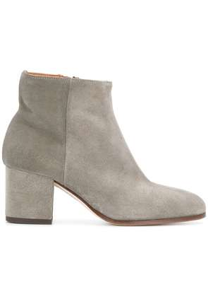 Common Projects Ankle boots - Grey