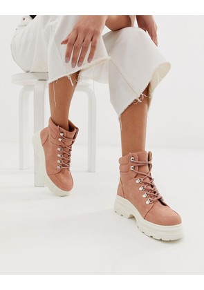 New Look chunky flat boot in light pink - Light pink