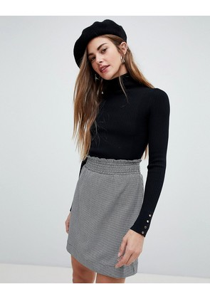 New Look jumper with roll neck in black - Black