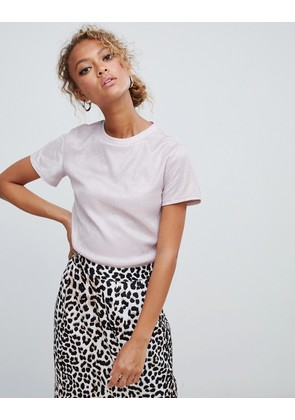 New Look crop tee with shimmer detail - Nude