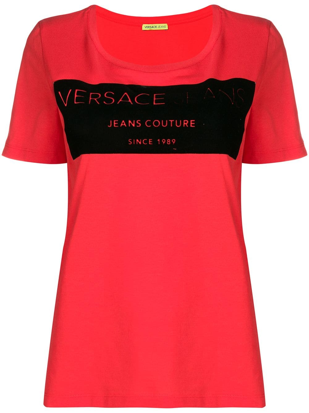 961b2f8f4b2e1 versace-jeans-basic-logo-t-shirt-pink-farfetch-com-photo.jpg?1547107338