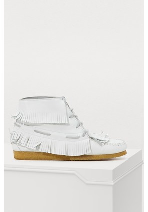 Dakota fringes moccasins