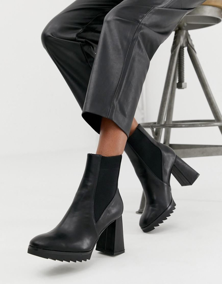 41e84f74cb19 https   milanstyle.com products stradivarius-heeled-boots-in-black ...