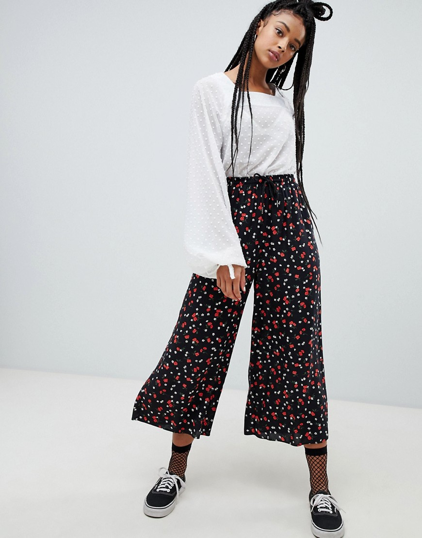 c3885714820a nobody-s-child-wide-leg-trousers-in-ditsy-floral-asos-photo.jpg 1547650029