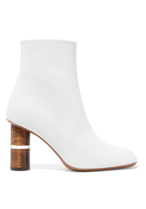 Neous - Clowesia Leather Ankle Boots - White
