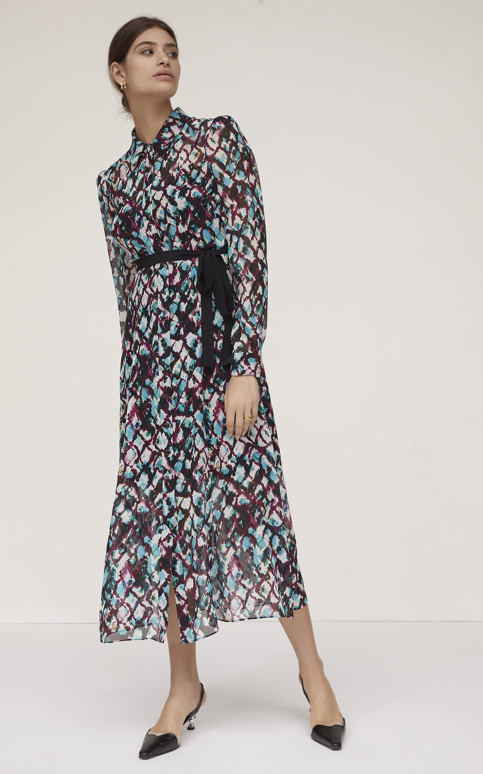 d229cdeb53a saloni-vanessa-belted-printed-silk-dress-moda-operandi-photo.jpg?1551369306